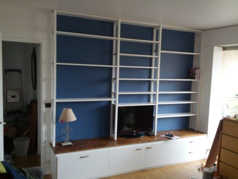 Une bibliotèque sur mesure pour appartement parisien
